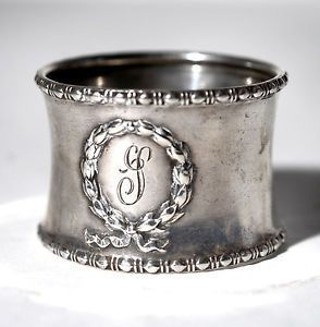 Plain Excellent Condition Schroth Silversmiths Sterling Silver Napkin Rings