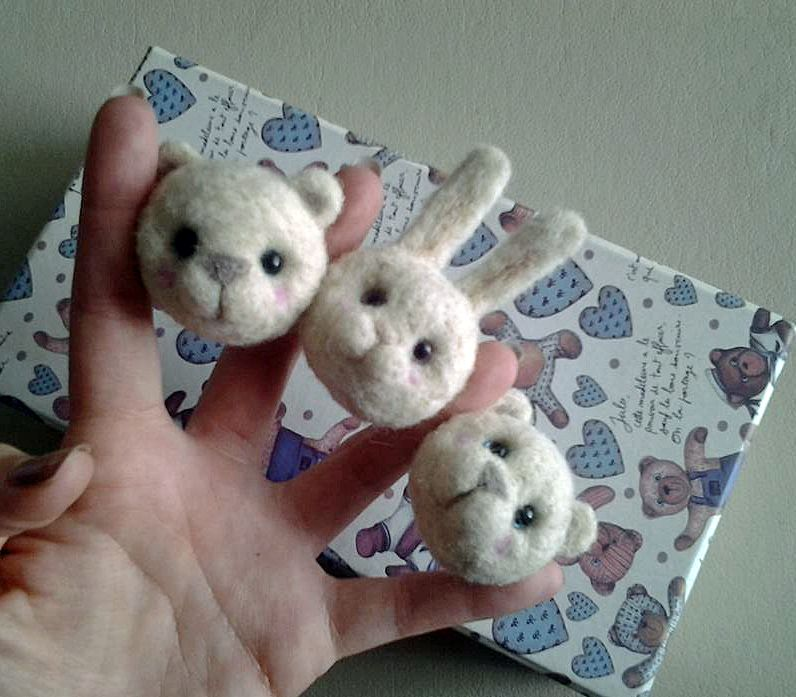 Trio de ases! Needle felted heads by MJ Crafts