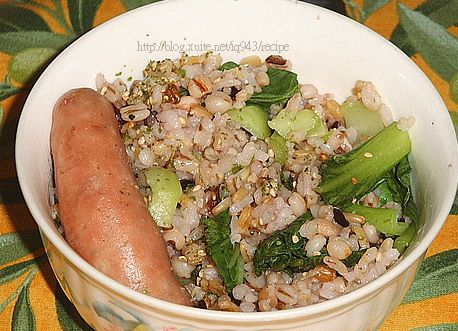 用電鍋一次搞定香腸+青菜+白飯