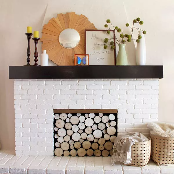 10 Ways to Warm Up a Nonworking Fireplace