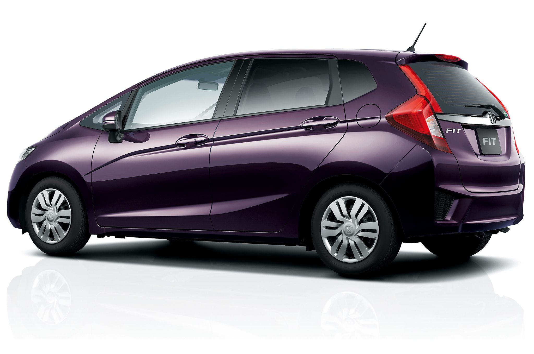 Honda Fit 2015 With A Cvt Passion Berry Pearl 33 41 36 Mpg This Color Is Amazing Living In Texas It Is Not A Good Id Honda Fit 2015 Honda Fit Honda Fit Hybrid