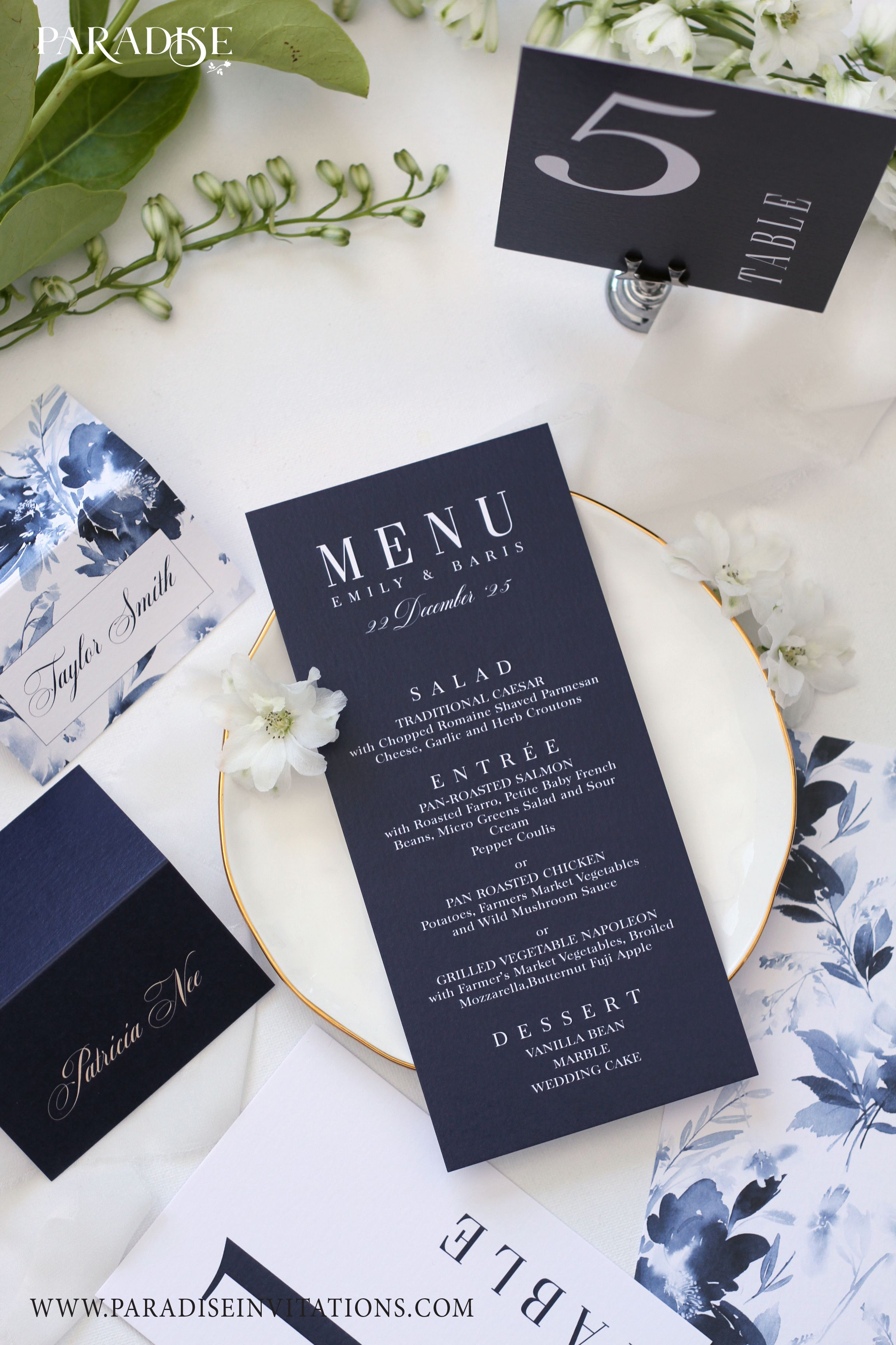 Elegant Navy Blue Wedding Menu #wedding #menu #weddingmenu #weddingstationery #elegant #modern #classy #calligraphy #calligraphywedding #calligraphyweddingstationery #wreath #navyblue #navy #blue #weddingmenuideas