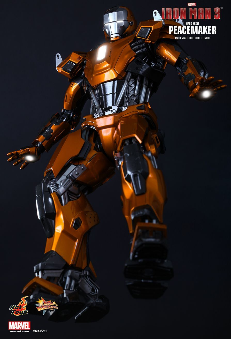 Hot Toys : Iron Man 3 - Peacemaker (Mark XXXVI) 1/6th scale Collectible Figure
