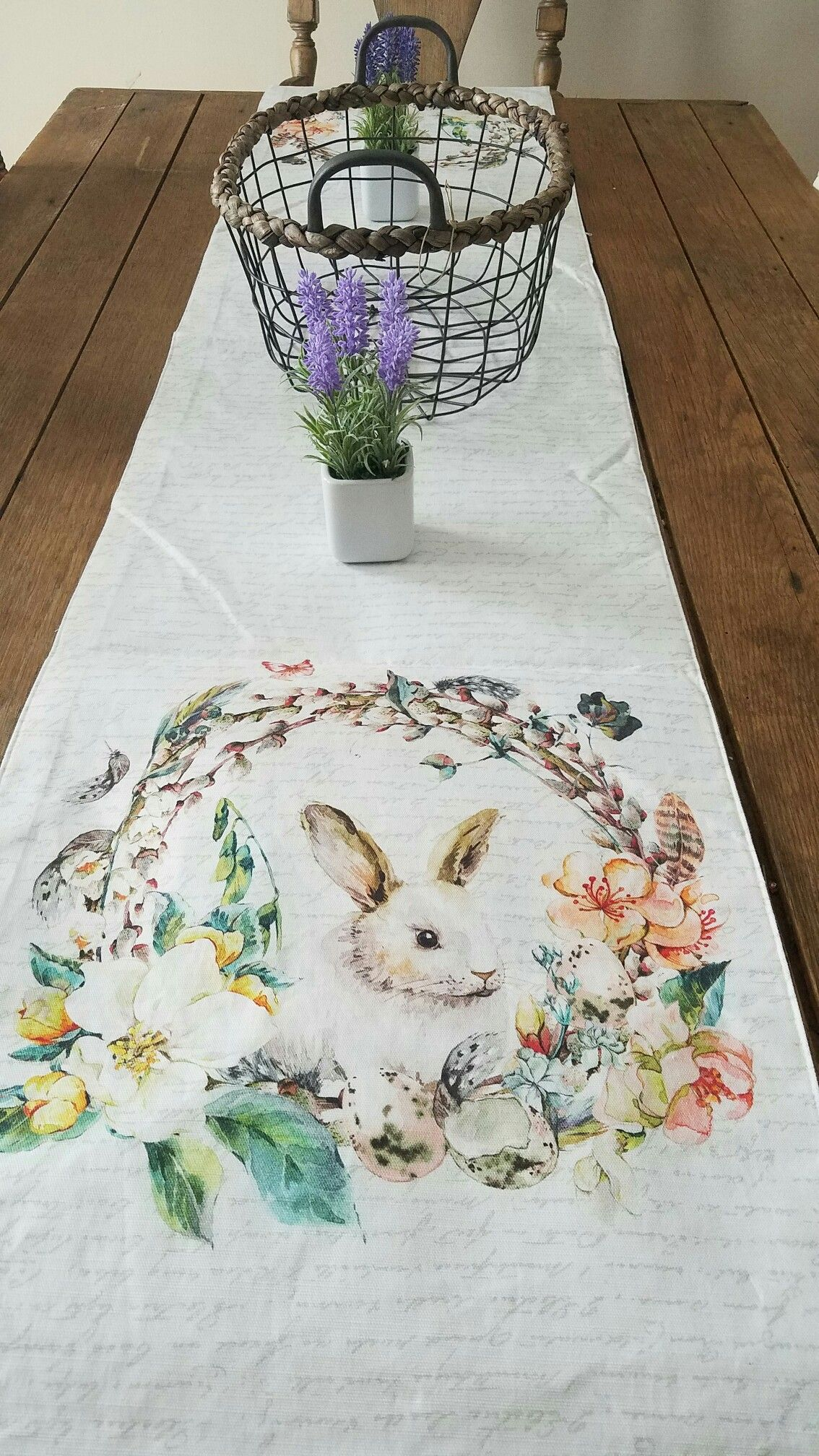 French Country Farmhouse Table Runner