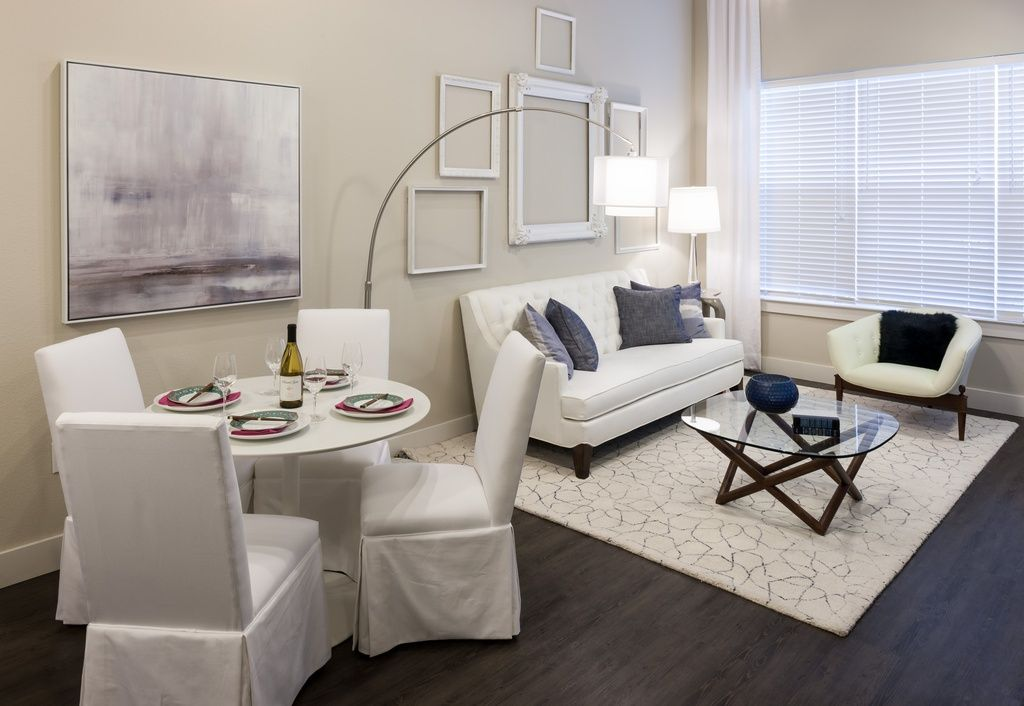 Can You Get An Apartment At 18 In Texas Living Room 4110 Fairmont Apartments Downtown Dallas