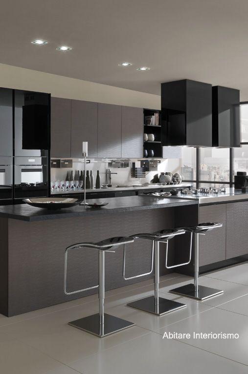 cocina elegante y moderna con alacenas de cristal negro | Decoración ...