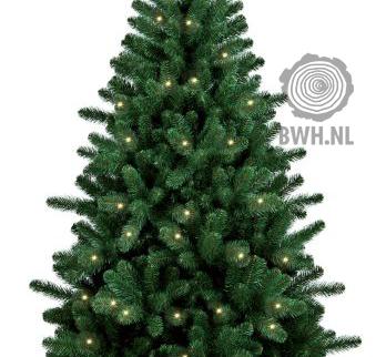 Deze kant en klare kunstkerstbomen van 210 cm inclusief LED ...