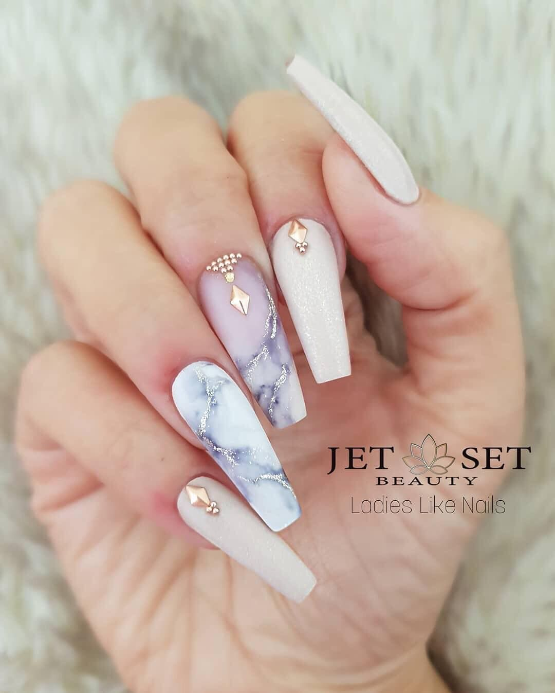 Glam And Glits Nail Design On Instagram We Are Swooning Over This Marble Mani The Glamandgl Birthday Nail Designs Coffin Nails Designs Birthday Nail Art
