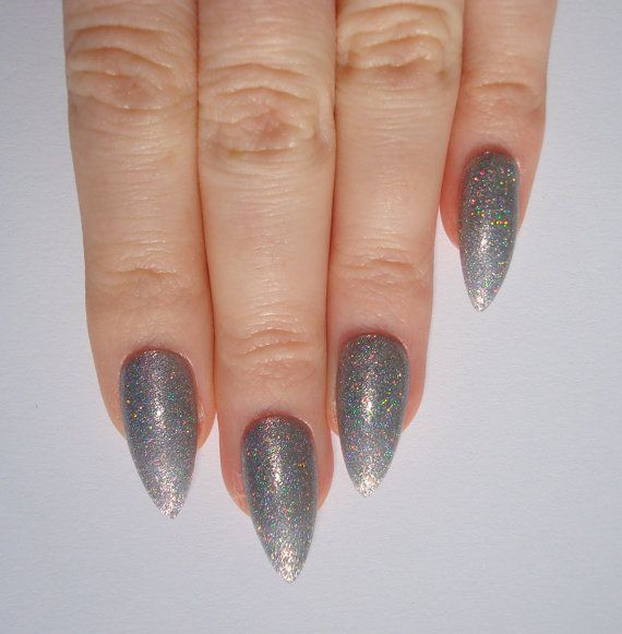 https://www.etsy.com/listing/181219025/holographic-silver-stiletto-nails-nail?ref=related-4