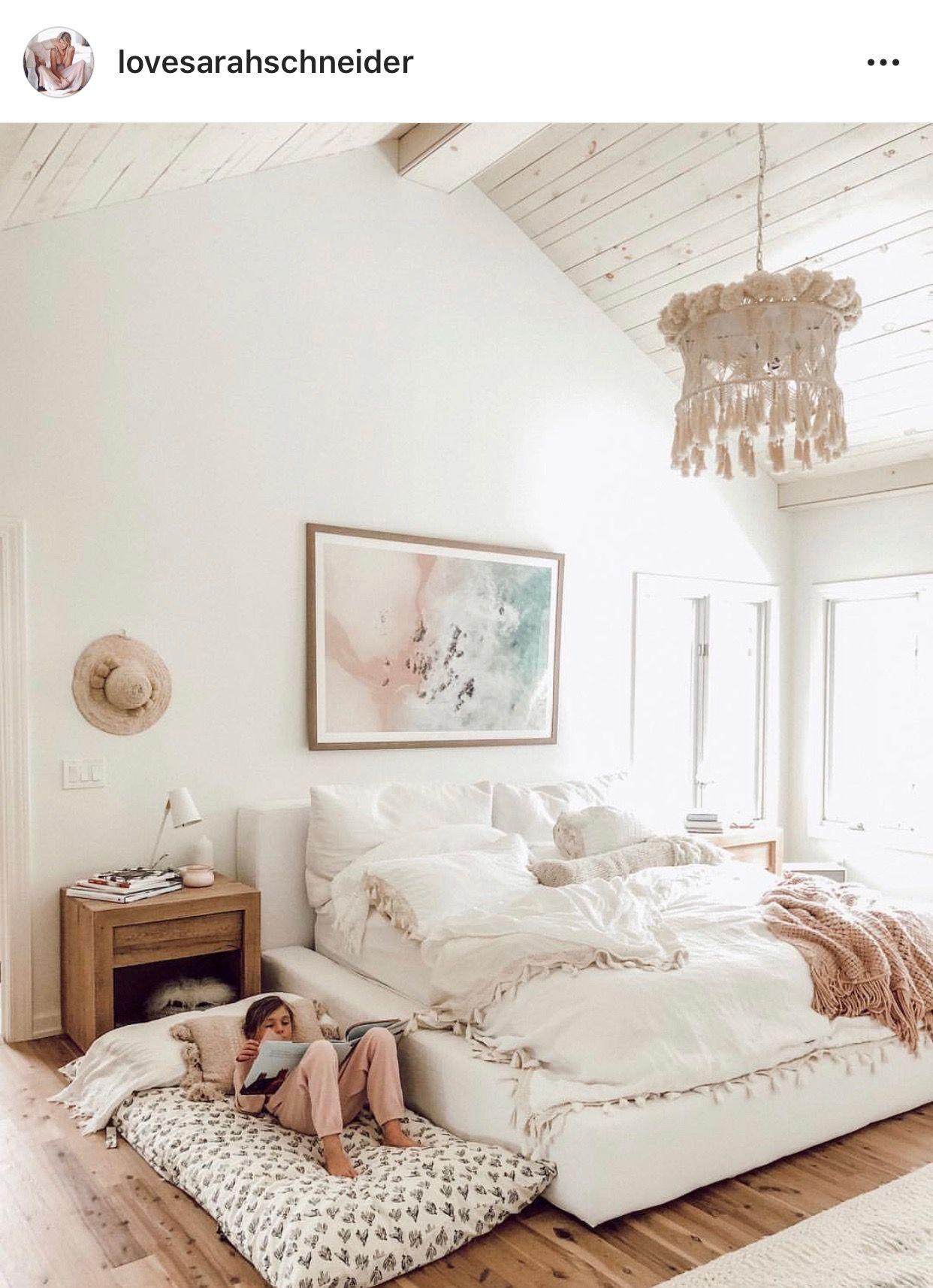 Pin By Julie Geebelen On Small Bedroom Decor Home Bedroom Design