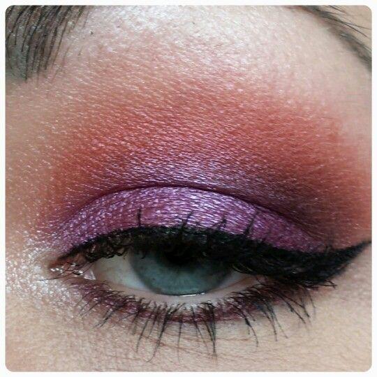 Purple make up eye look