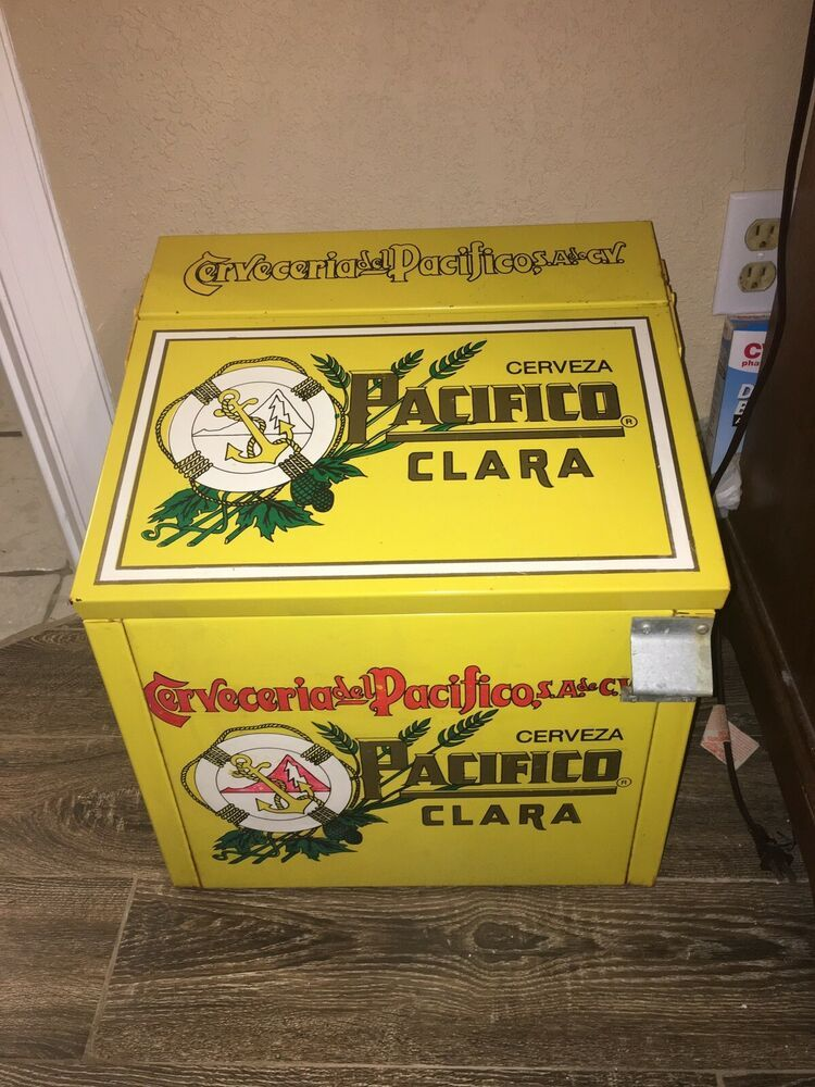 Vintage Aluminum Pacifico Clara Beer Insulated Ice Chest