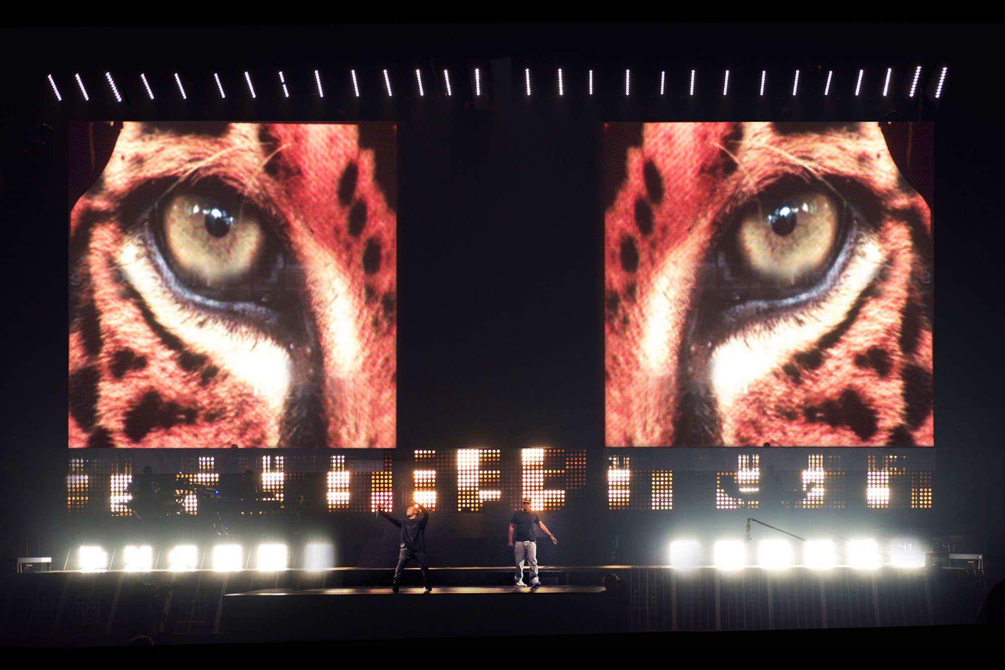 Kanye Jay Z Wtt Es Devlin Kanye West Live Kanye West Jay Z Concert