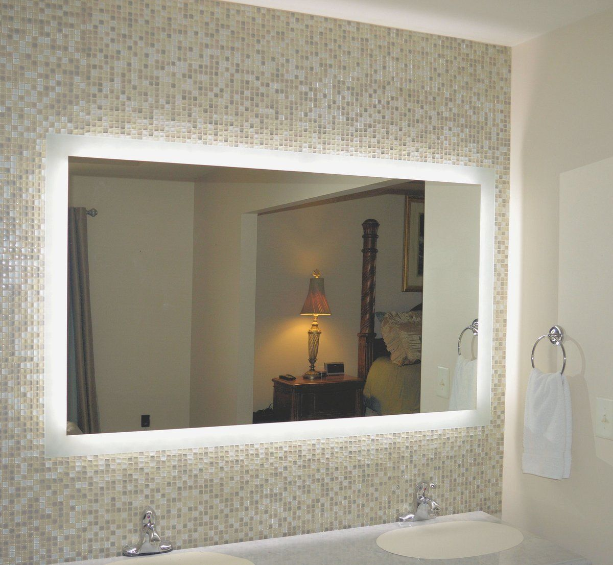 Side Lighted Led Bathroom Vanity Mirror 60 Wide X 40 Tall