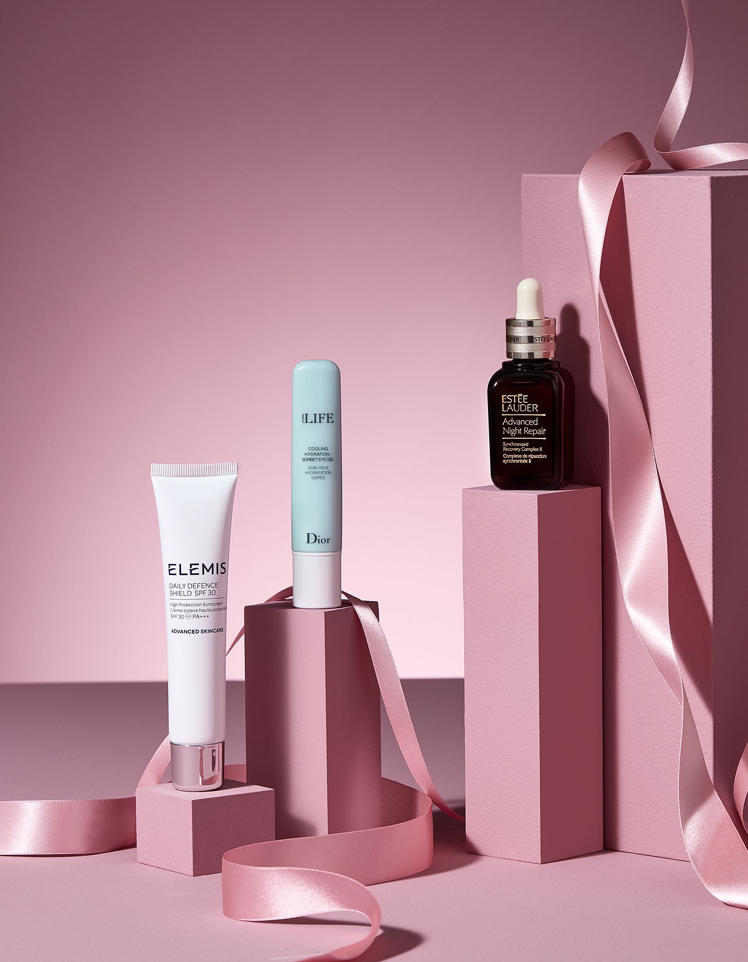 Cosmetic Still Life Photography Cosmetic Makeup Beauty Brand Luxury Stilllife Stilllifepho Cosmetics Photography Makeup Photography Photography Products