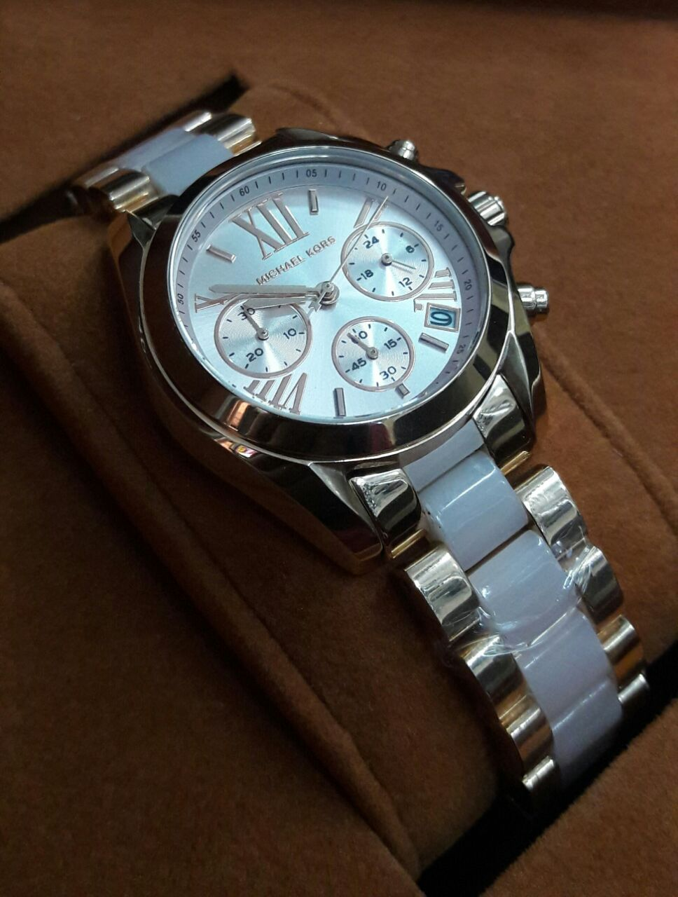 Micheal Kors (MK) Watches Ladies | Branded Products For Sale Call / Whatsapp @ +919560214267.
