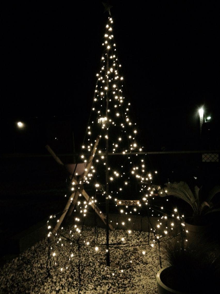 verlichte #vlaggenmast #kerstverlichting. Eenvoudig te plaatsen aan ...