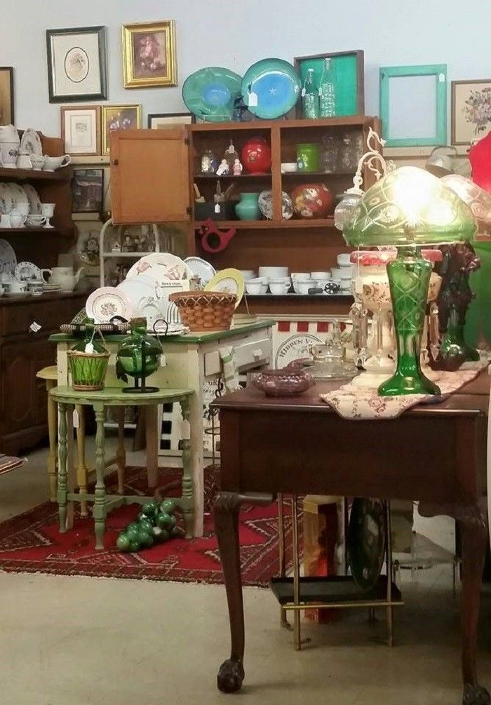 Here Are 10 Antique Shops In Alabama To Visit For That One Of A Kind Treasure Antique Shops Custom Painted Furniture Antiques