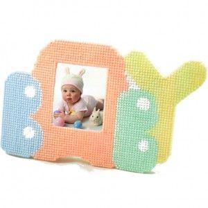 baby love plastic canvas kit & pattern