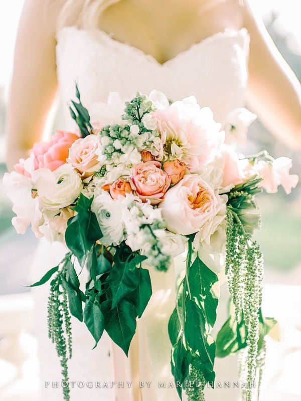 delightful! by Rochelle Leigh Wall blooms, events, handcrafted details