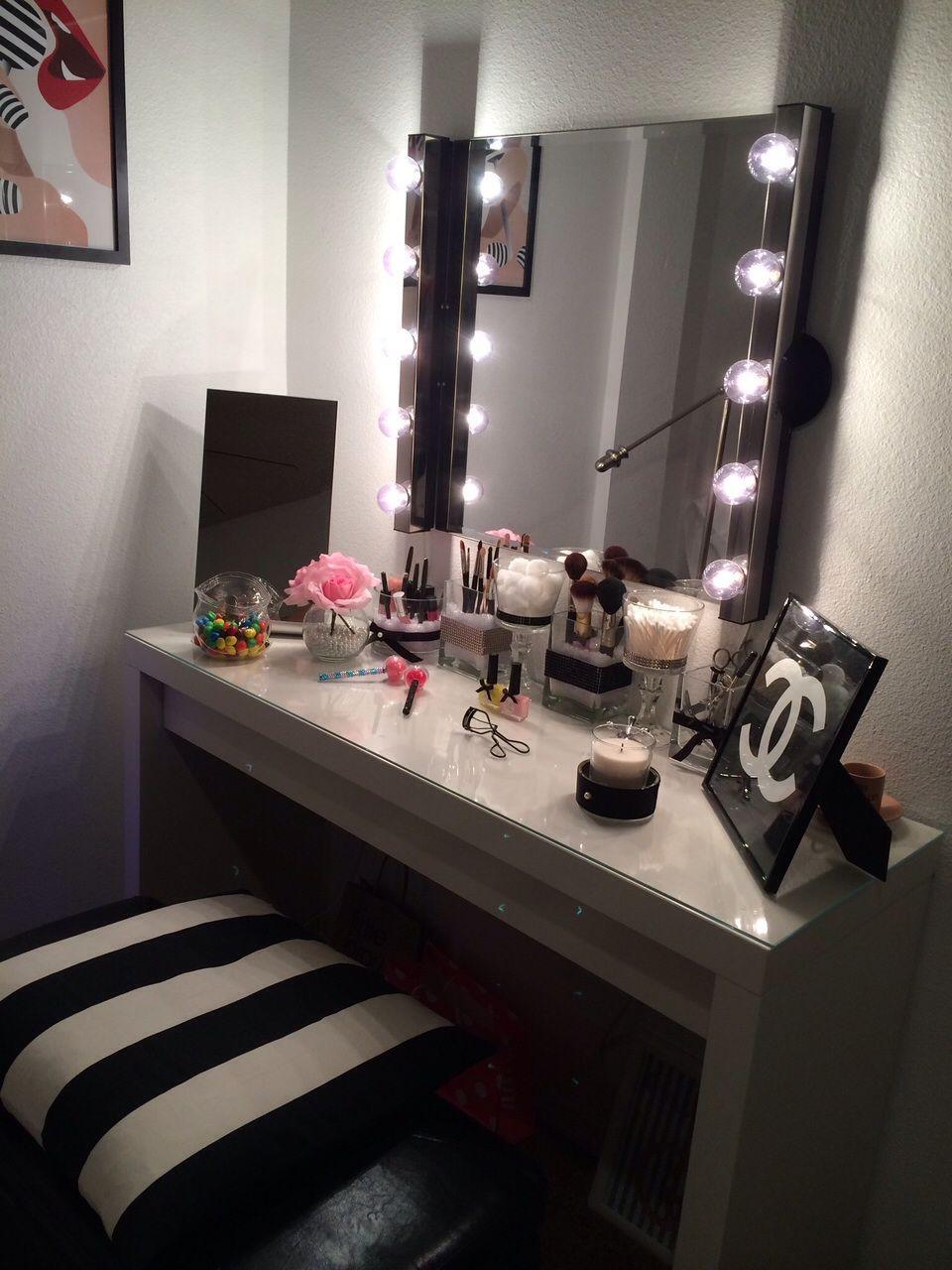 J id3n vanity inspo pinterest tocador tocador de for Sillas para vanity