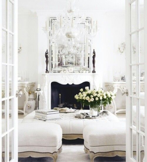 White interior chic and comfy