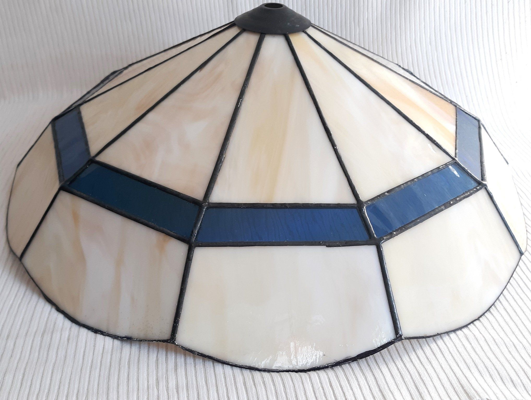 Tiffany Bistro Style Stained Glass Domed Lamp Shade Pendant Ceiling Lamp Dining Table Living Room Kitchen In 2020 Pendant Ceiling Lamp Hanging Lamp Shade Hanging Lamp