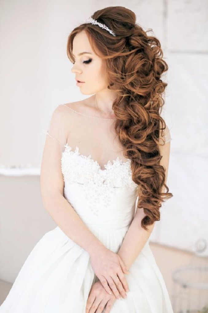 Hair Down wedding hairstyles | Wedding Hairstyle Ideas For the Bride | fabmood.com #weddinghair #bridalhair #hairstyles #upstyle #updo #weddinginspiration #weddingideas #looseupdo