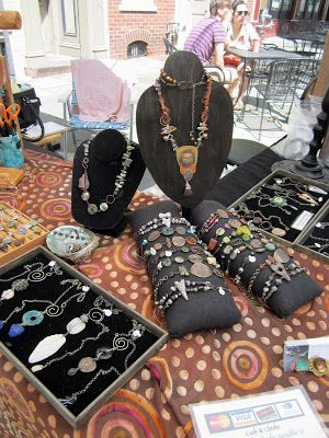 Love My Art Jewelry, packing up from a show