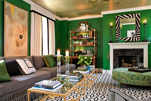 Paint Your Ceiling A Bold Fun Color It S Great To Be Home Living Room Green Green Rooms Emerald Green Rooms