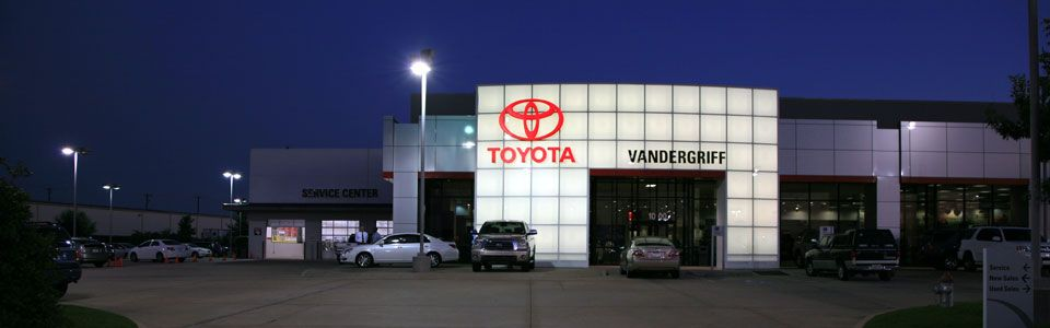 Dallas Toyota Dealers >> Pin By Vandergriff Toyota On Vandergriff Toyota Toyota