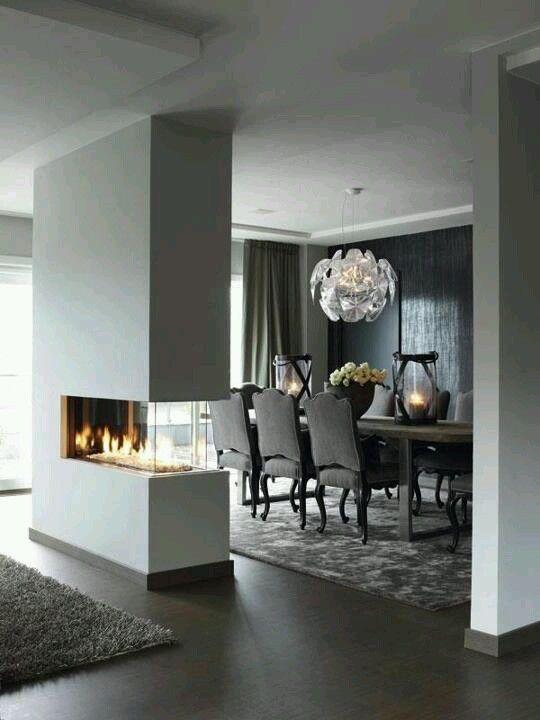 Vrijstaande gashaard tussen eetgedeelte en huiskamer interieur - umbau wohnzimmer ideen