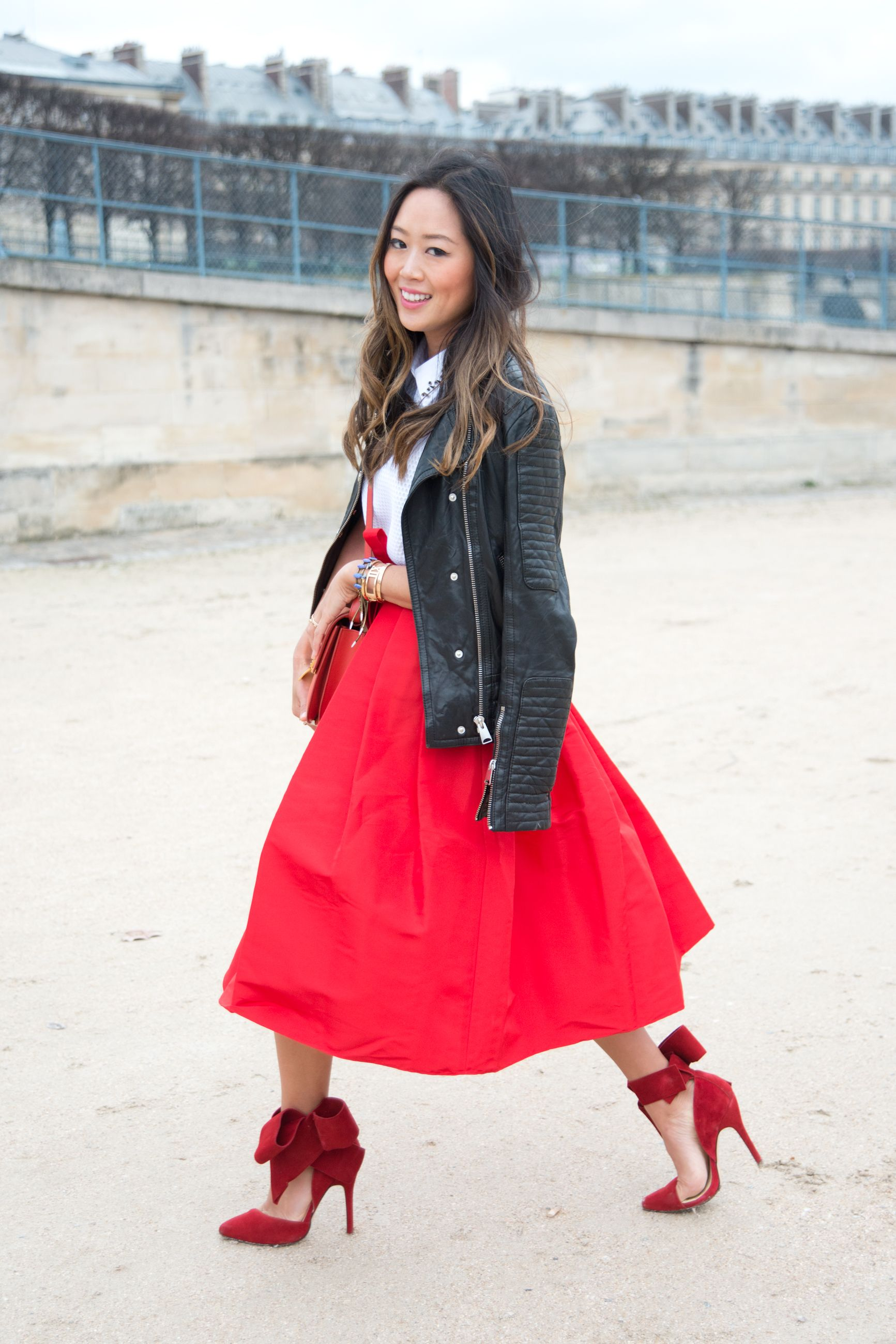 How to layer under a thin top?   Dress like a parisian