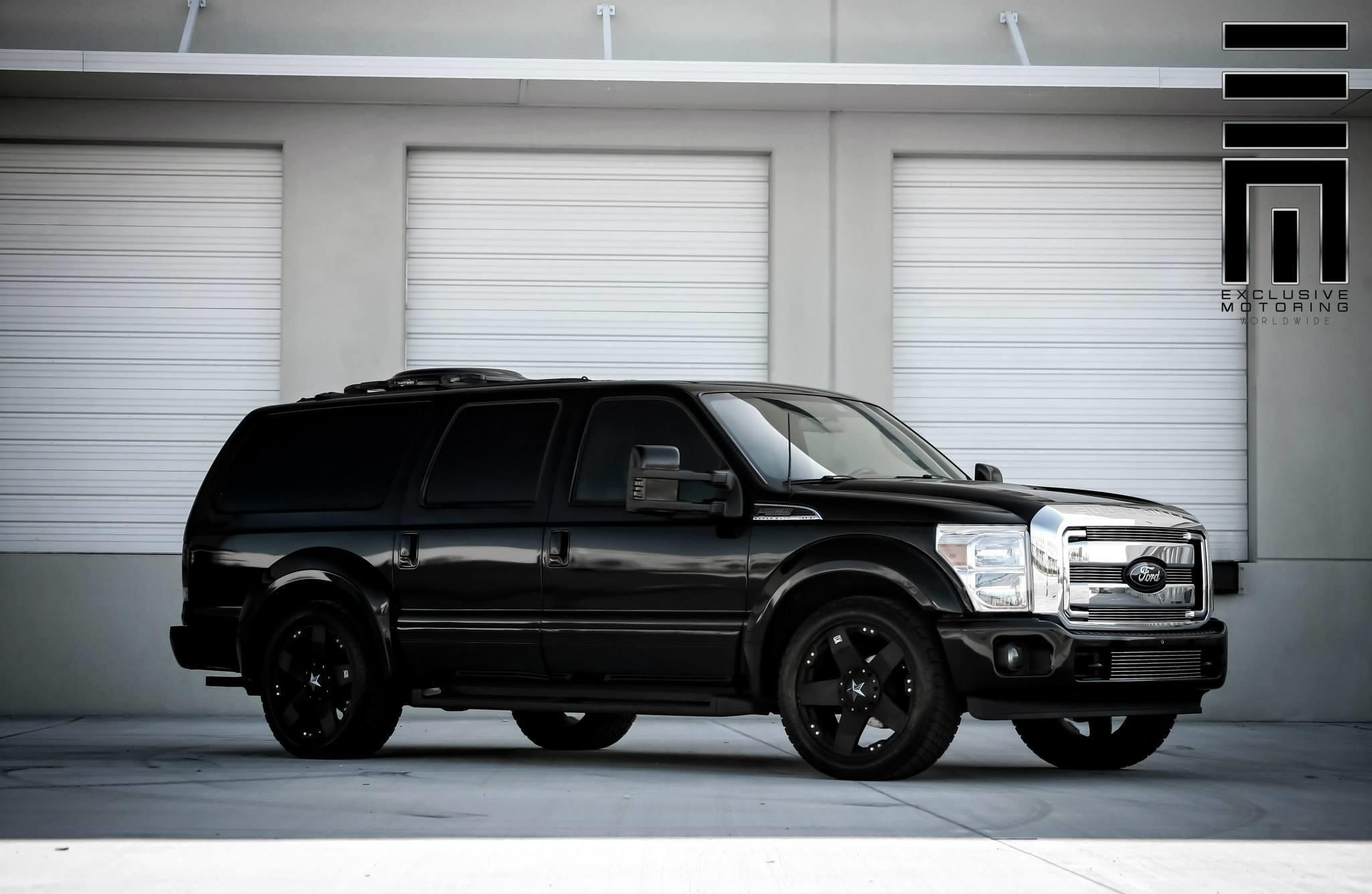 Ford Excursion With Full Limo Conversion Exclusive Motoring Photo 10447 Ford Excursion Ford Excursion Diesel Excursions