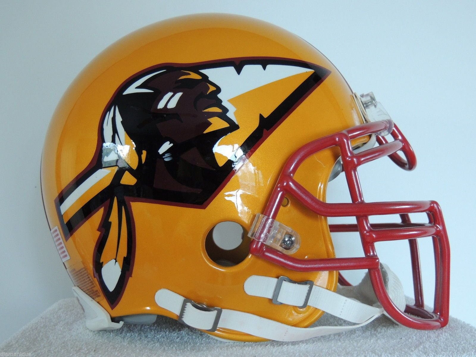 RIDDELL WASHINGTON REDSKINS CUSTOM ARROW FOOTBALL HELMET