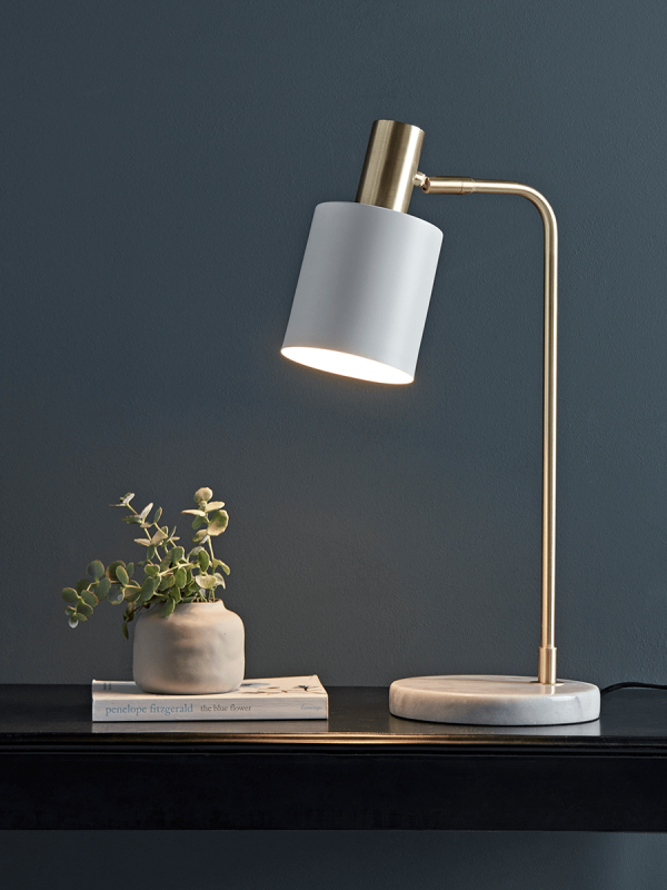 How To Choose The Best Desk Lamp For Your Needs With Images