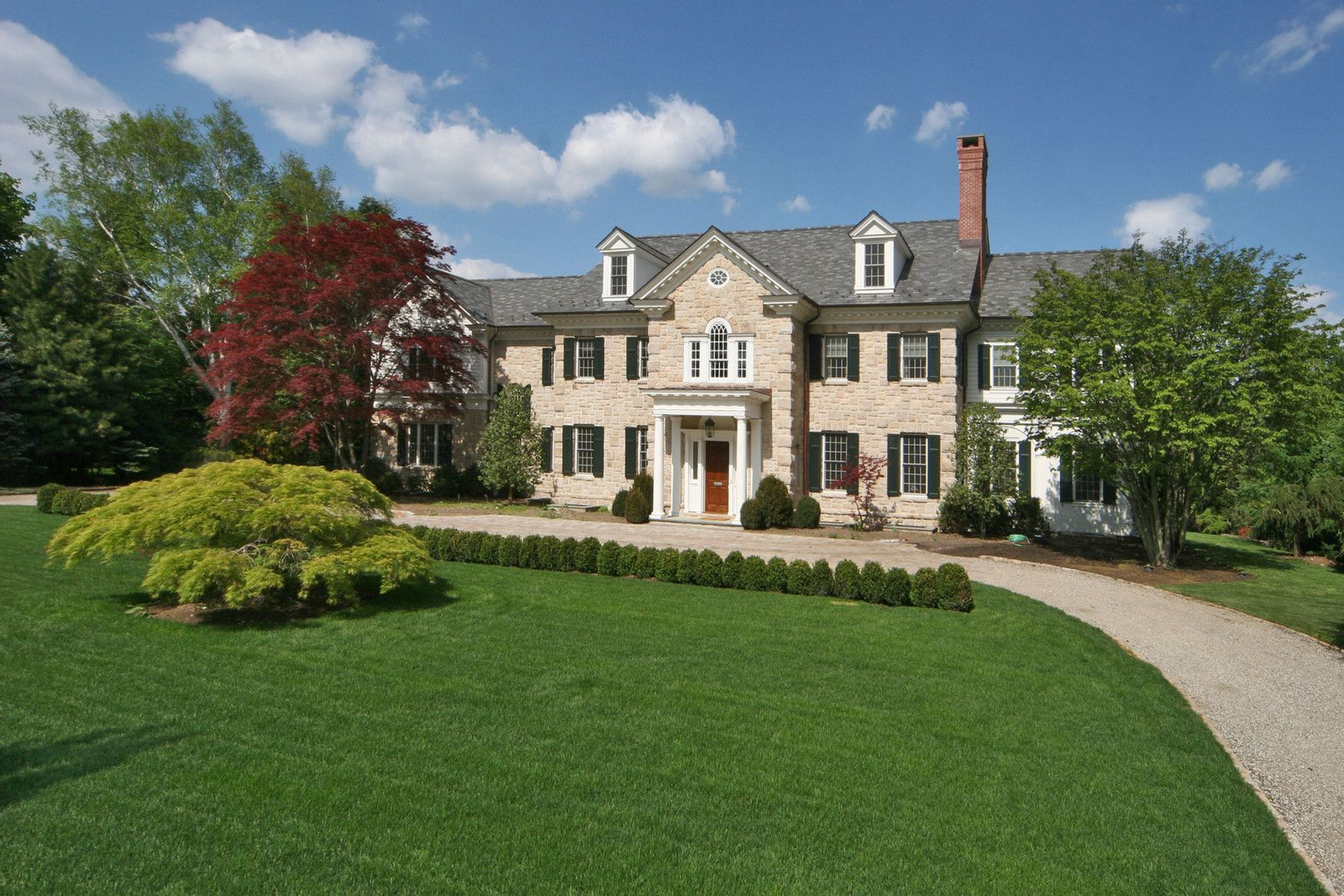 Georgian Colonial Mansion stone georgian colonialalisberg parker | exteriors | pinterest