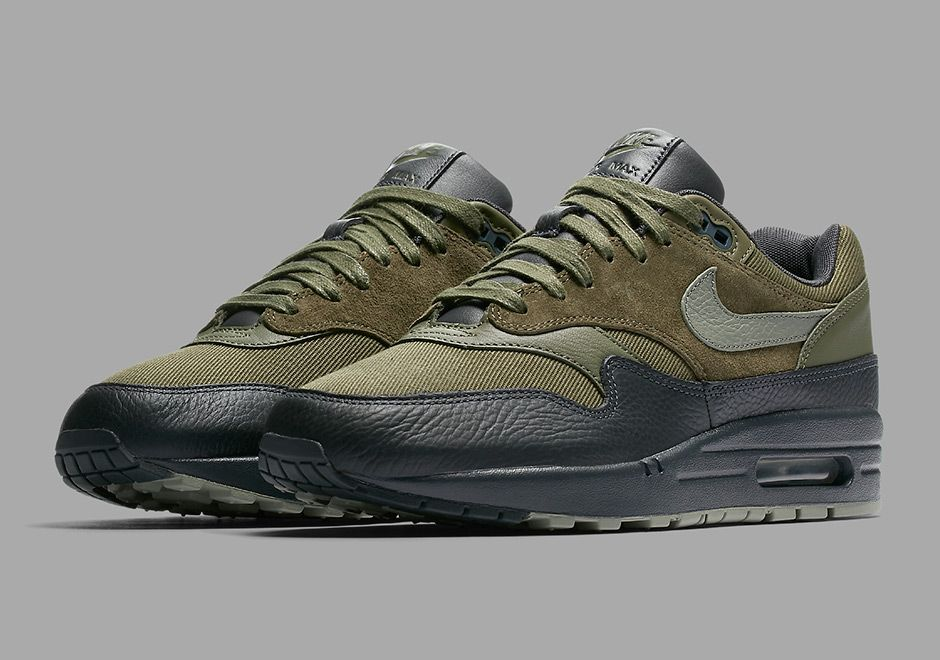 "the latest 05e0c eb3e5 We re not sure how it was possible, but Nike Sportswear found yet another  all new way to make the Air Max 1 look incredible. Coming this fall is the  ""Dark ..."