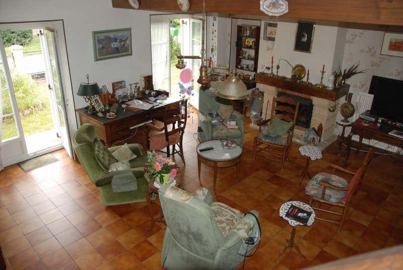 Montussan Venez découvrir cette belle maison en pierre d\u0027environ 135