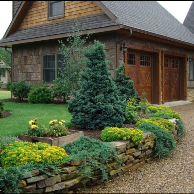 Home Driveway Design Ideas: Love The Idea For The Stone And Driveway