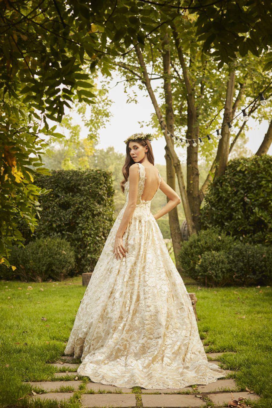 4342e89c5f02 La collezione di Francesca Piccini Bridal