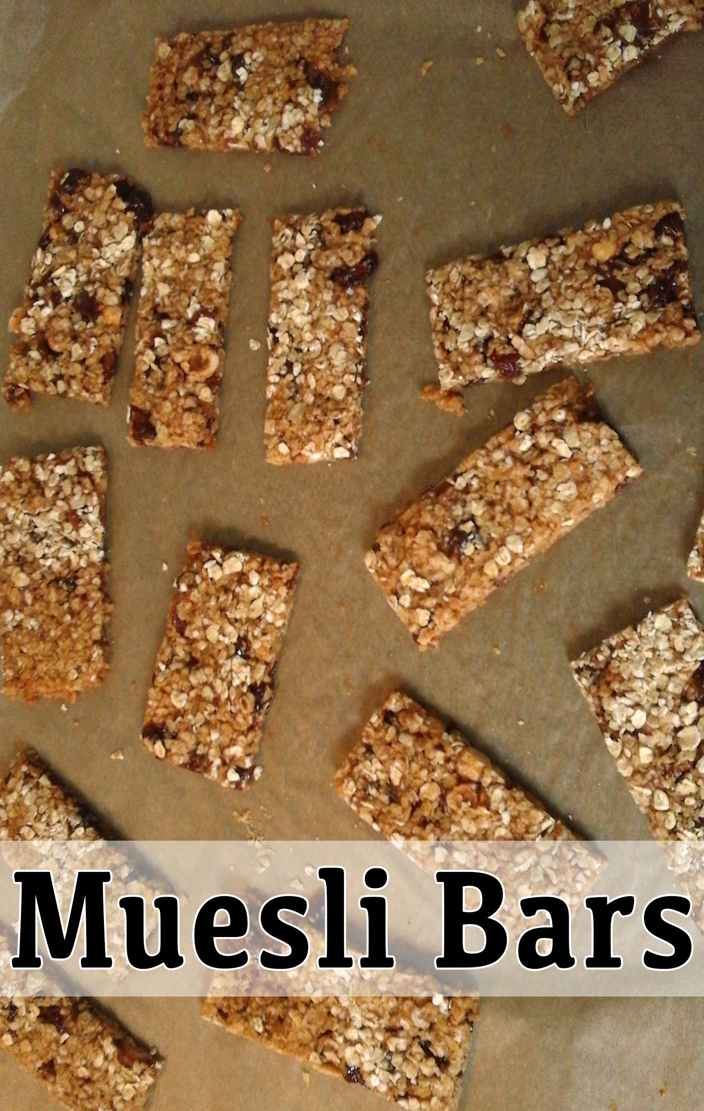 Learn how to make basic muesli bars with only a handful of healthy ingredients.