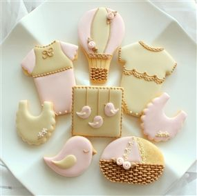 She is one of my favorite artists!   Onesie Cookies, Bassinet Cookies, Hot Air Balloon Cookies, Birdie Cookies, Bib Cookies by bella sucre