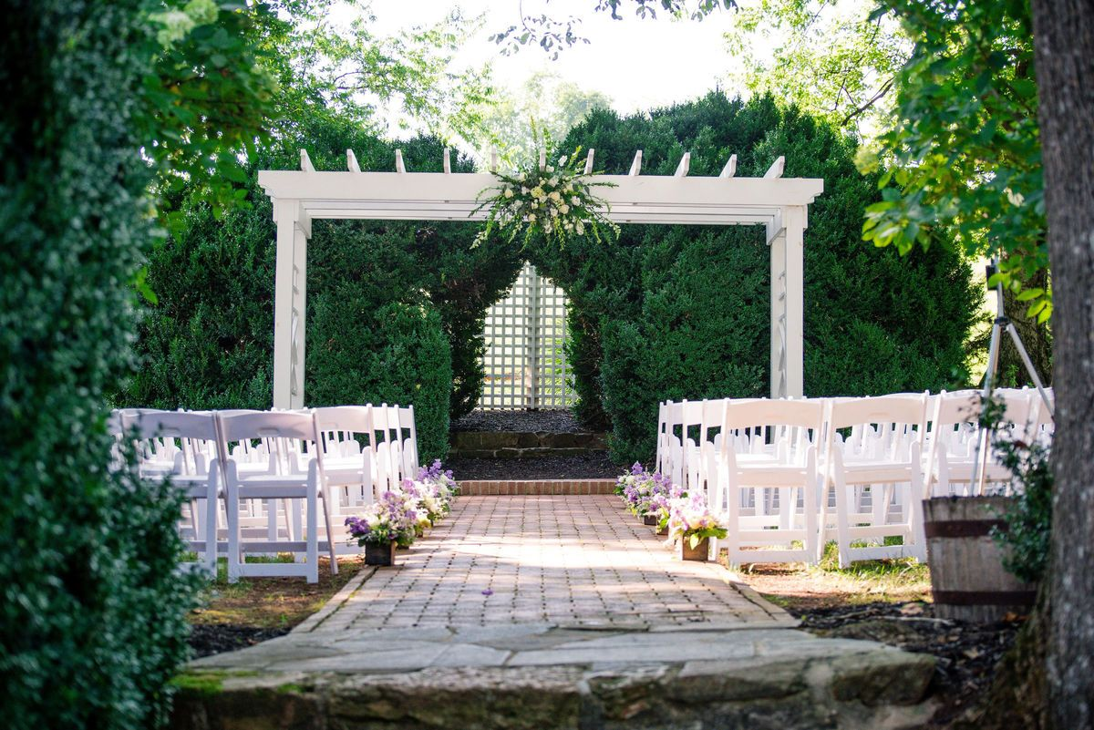 The Inn at Willow Grove in Orange on WeddingWire. Browse