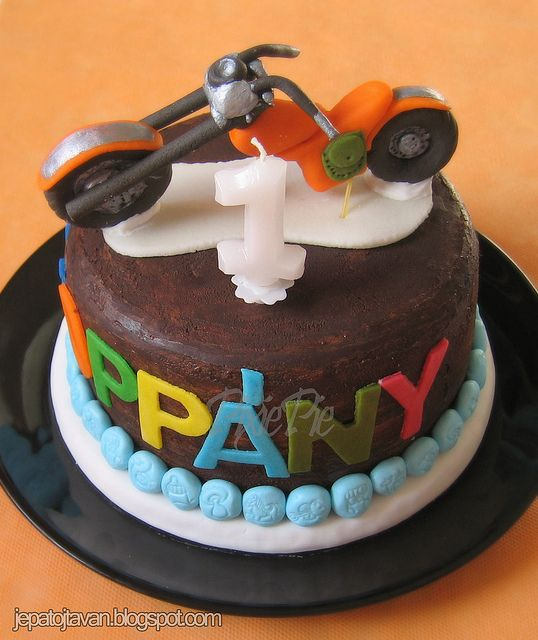 Cute first birthday motorcycle cake Race Motorcycle Birthday
