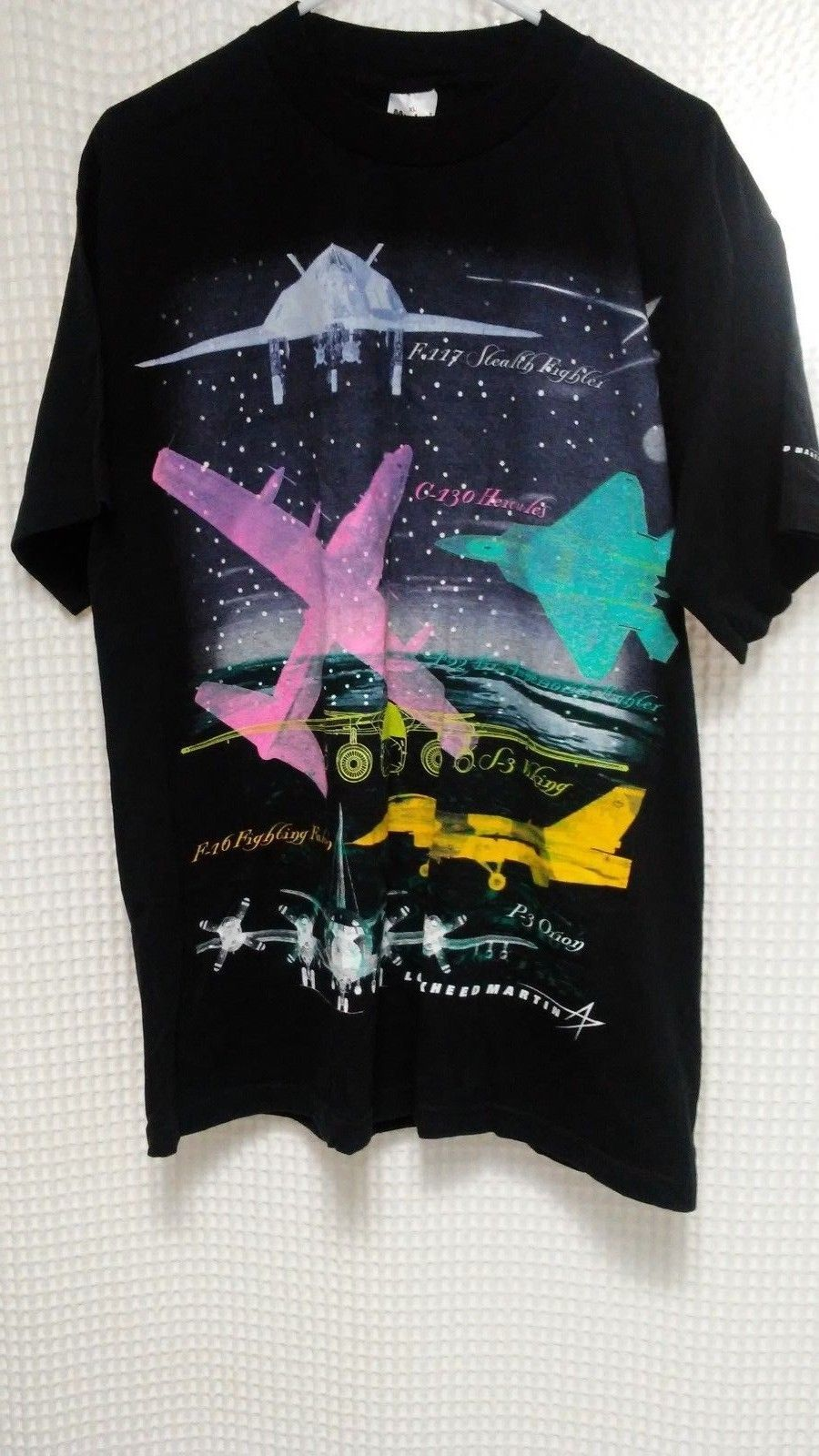 92685c69629 vtg Lockheed Martin T Shirt Fighter Jets Stealth Viking Falcon Air Force XL  neon | eBay