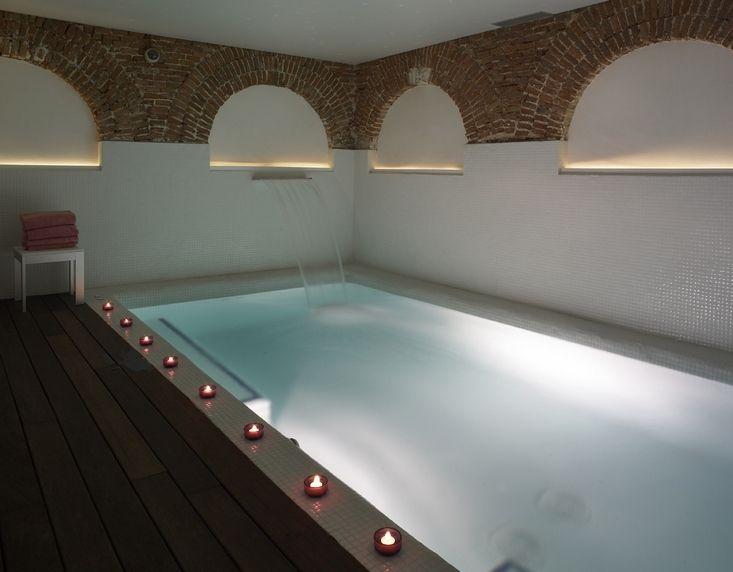 Boutique hotel hospes madrid the finest hotels of madrid pinterest madrid indoor pools - Hoteles con encanto y piscina ...