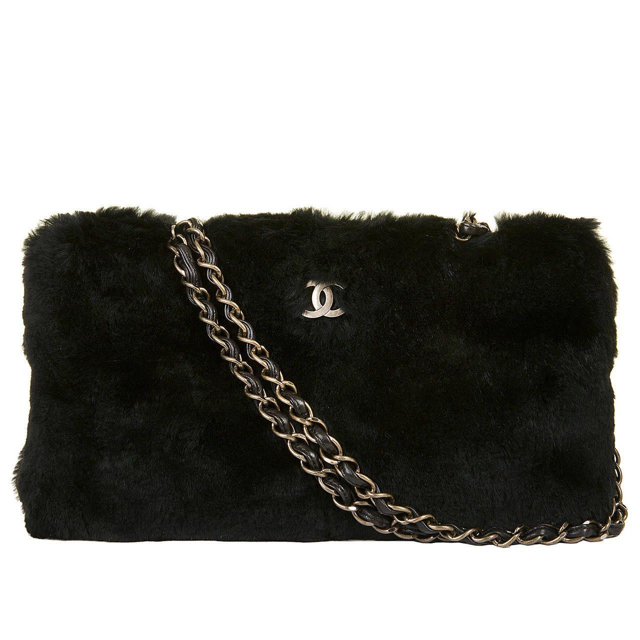 1f4a30386eb5 Rare Chanel Black  Beaver Fur  Jumbo Shoulder bag