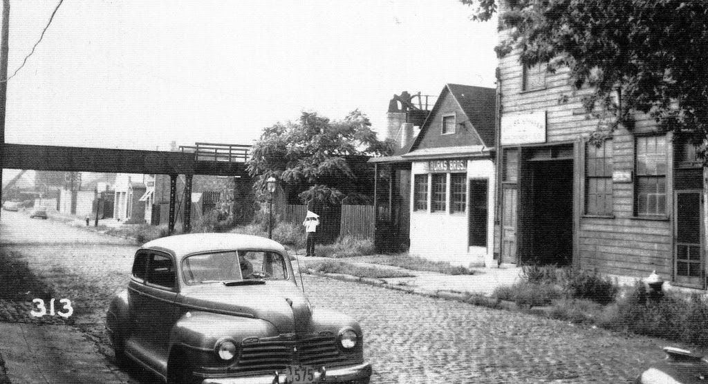 Look How The Roads Used To Be Cobble Stone In Jersey City Amazingly Beautiful Jersey City City New Jersey