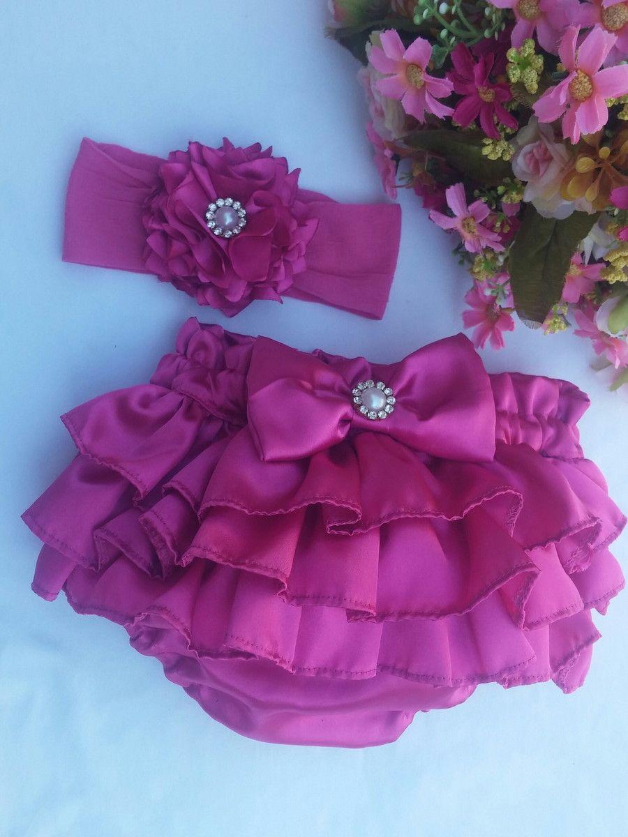Linda calcinha em cetim para princesinhas estilosas. Tamanhos de 0 a 6  meses b94272a71ea